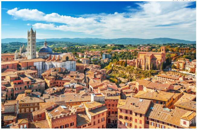 ATTRACTIONS IN TUSCANY