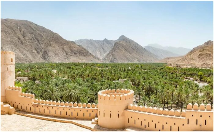 Best Travel Time and Climate for Oman